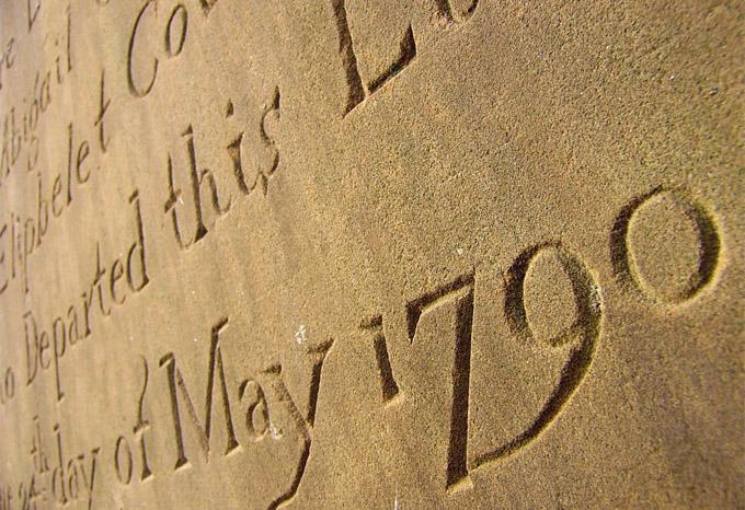 http://scottishgenealogyresearch.com/uploads/images/large/tomb.jpg